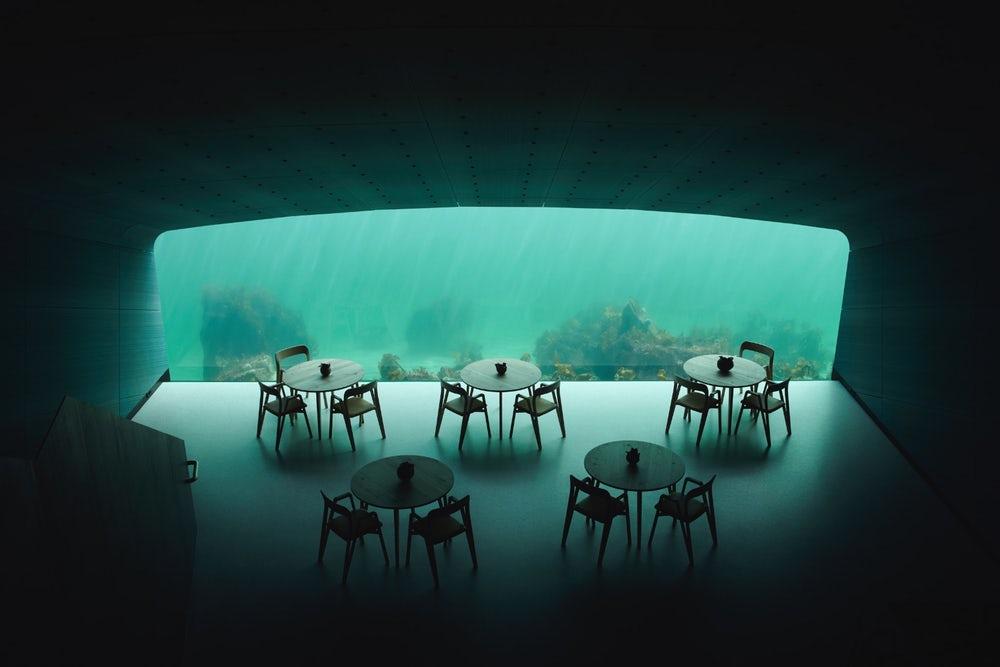 اولین رستوران در کف اقیانوس